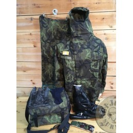 NBC /NUCLEAR-BIOLOGICAL-CHEMICAL PROTECTION SET FROM CZECH ARMY IN M95 CAMO NEW