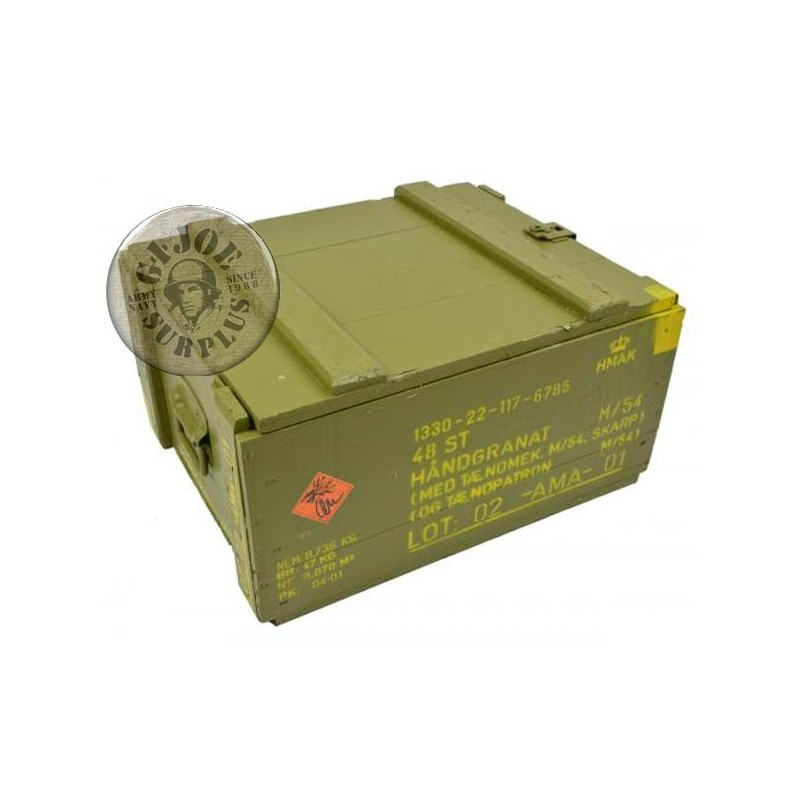 DANISH ARMY WOOD BOX LARGE 55x43x30 USED GREAT CONDITION