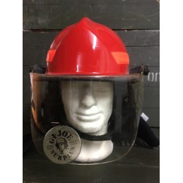 "FIREFIGHTERS HELMET ""CAIRNS METRO 660C"" USED GREAT CONDITION /COLLECTORS ITEM"