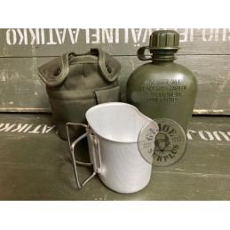 """CANTEEN WITH METAL CUP """"US..."""