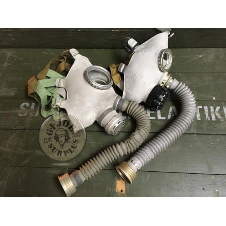 """SOVIET UNION GAS MASKS """"PDF YOUNG PEOPLE"""" LARGE SIZES COMPLETE AND NEW"""
