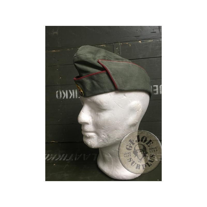 COLLECTORS ITEM /GARRISON CAP FROM THE SPORTS AND TECHNICH COMUNIST ASSOCIATION OF THE DDR