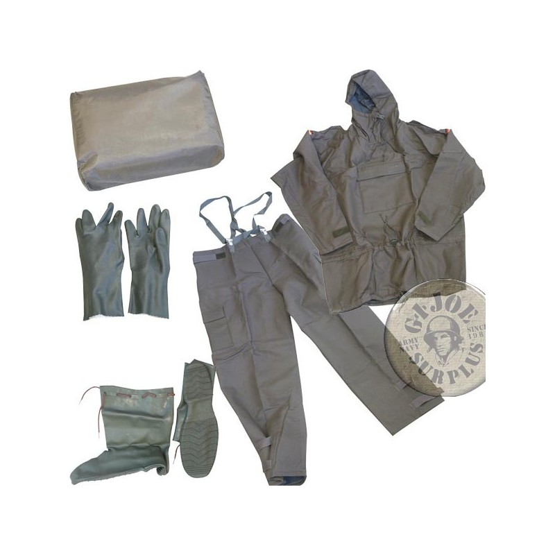 NBC /NUCLEAR,BIOLOGICAL,CHEMICAL PROTECTION SET FROM GERMAN ARMY NEW