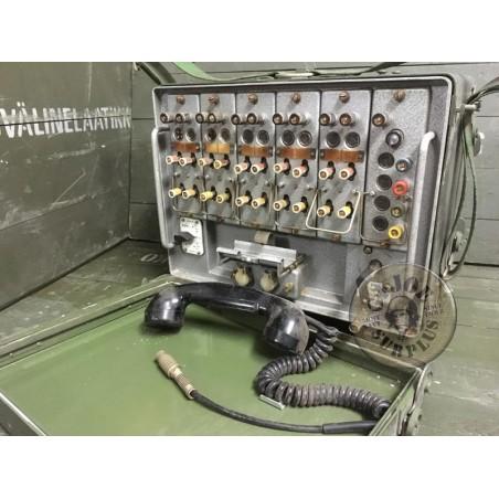 VENDIDO!!! TELEFONO CENTRALITA DE CAMPAÑA DEL EJERCITO DE LA DDR NUEVO