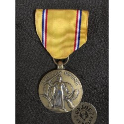 "US WWII MEDAL ""DEFENSE OF THE AMERICAS"" USED PERFECT/UNIQUE PIECE"