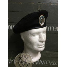 UKRANIAN MARINE CORPS BLACK BERET WITH INSIGNIA /COLLECTORS ITEM