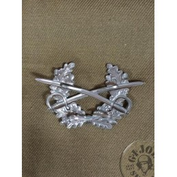 "GERMAN ARMY ""SWORDS"" OFFICERS CAP INSIGNIA"