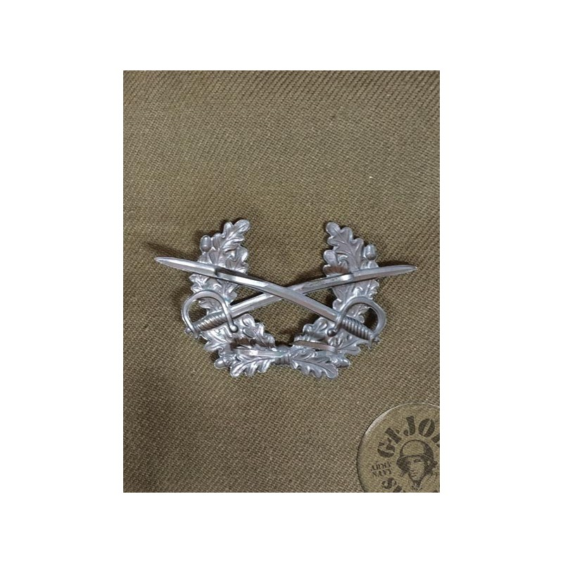 "GERMAN ARMY ""SWORDS"" OFFICERS CAP INSIGNIA"